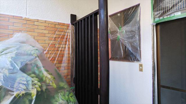 玄関柱の塗装