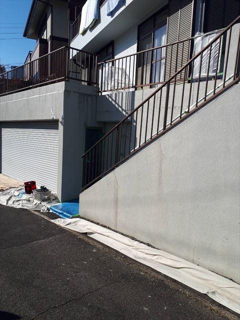 ブロック塀の洗浄後です