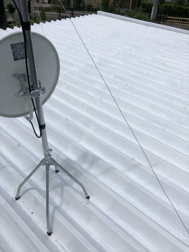 折半屋根の下塗り1回目塗装です