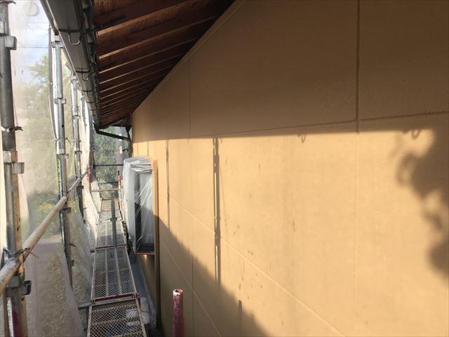 春日井市、外壁の中塗り完了