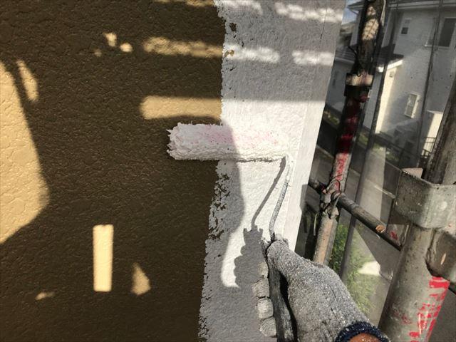 外壁下塗り2回目です