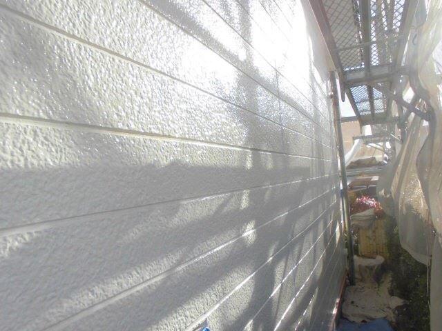 外壁の下塗り1回目、完了です