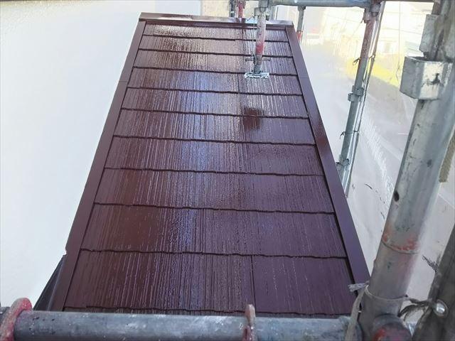 下屋根の上塗り塗装、完了