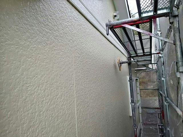 小牧市、外壁の中塗り完了