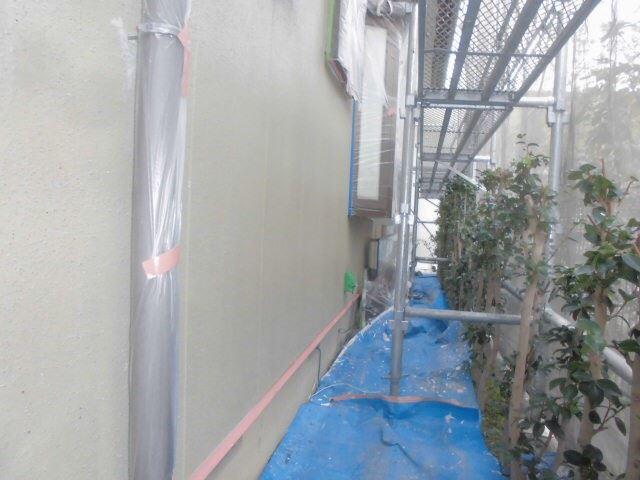 外壁の下塗り1回目完了です