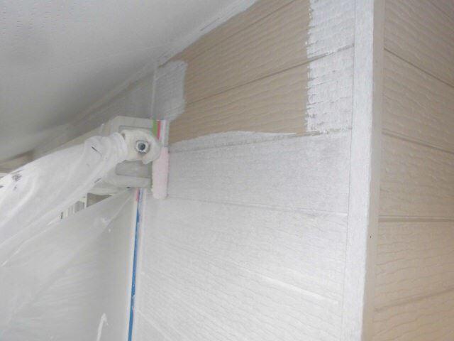 サイディング外壁の下塗り