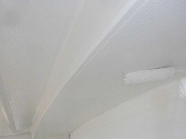 天井の塗装です
