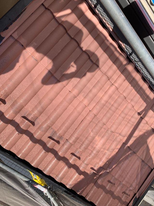 屋根にエクセルガードの塗装