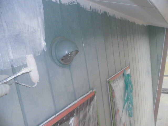 春日井市西高山町で外壁塗装下塗り