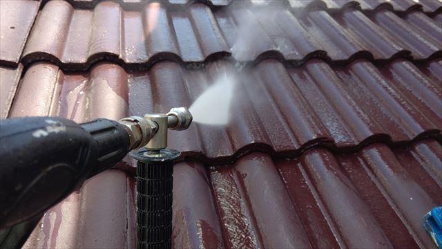 モニエル屋根の洗浄です