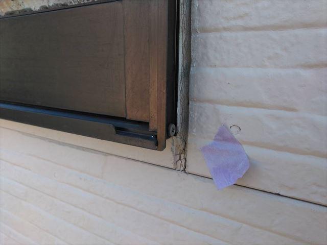 窓廻りの隙間です