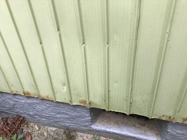 トタン外壁からのサビ