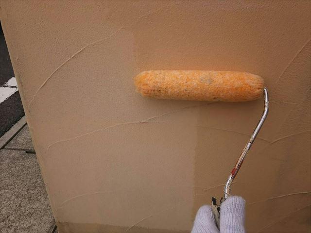 ブロック塀の下塗り塗装