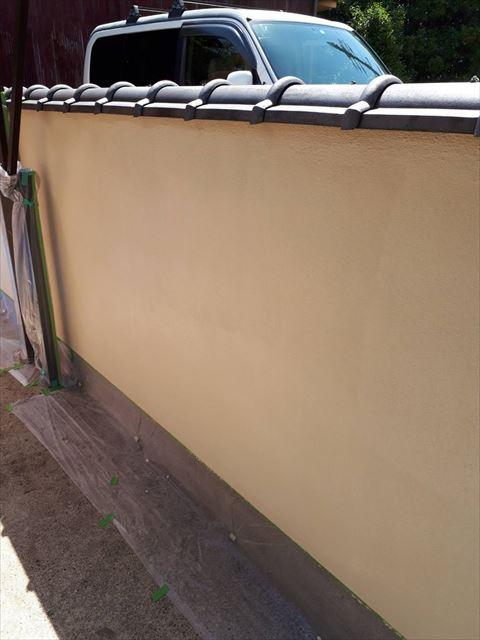 ブロック塀上塗り塗装です