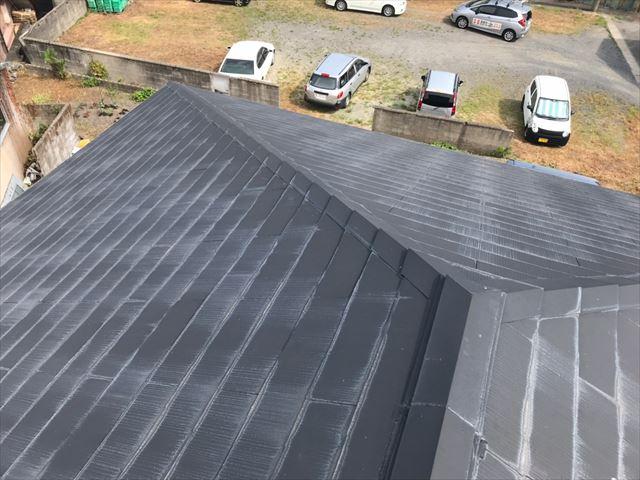 屋根の色褪せです