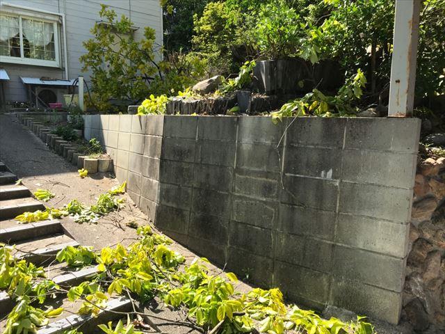 ブロック塀の洗浄です