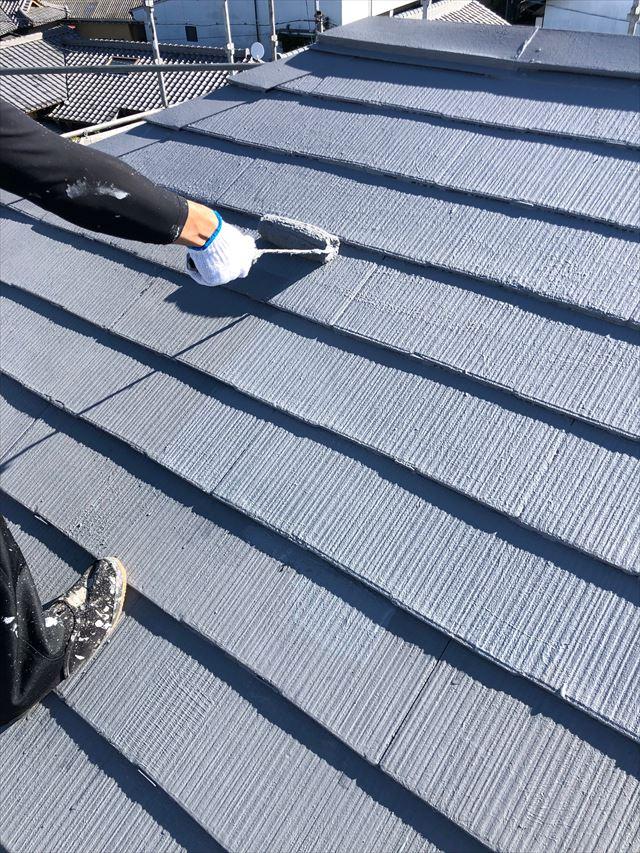 スレート屋根の上塗り塗装
