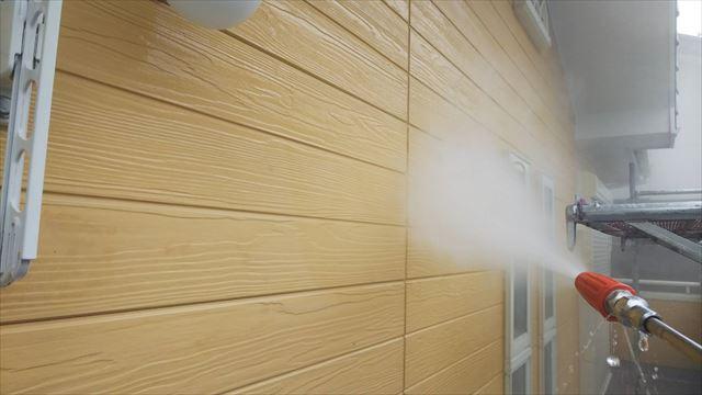 外壁のバイオ洗浄