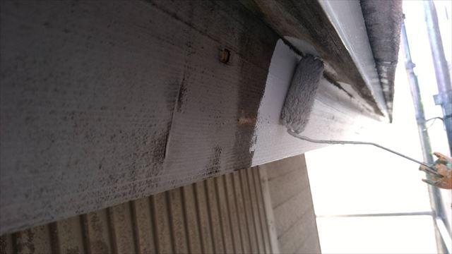 春日井市、破風板の塗装