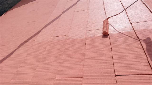 春日井市、屋根の上塗り