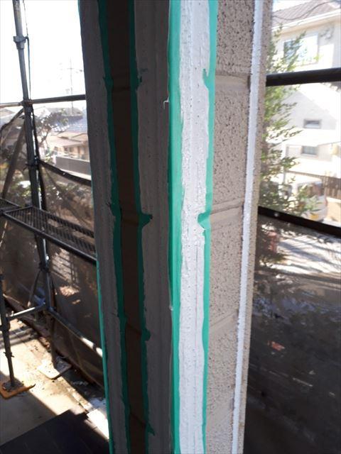 玄関柱の目地シーリングの打ち替え