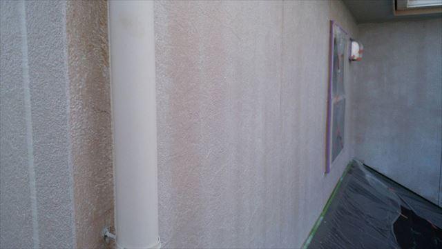外壁の下塗り完了です