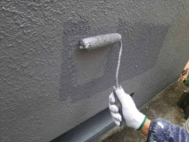 車庫下塗り