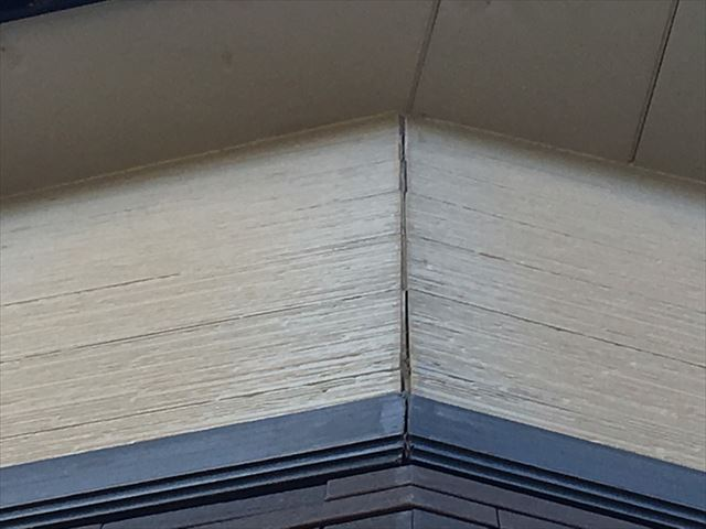 サイディング外壁の剥がれ