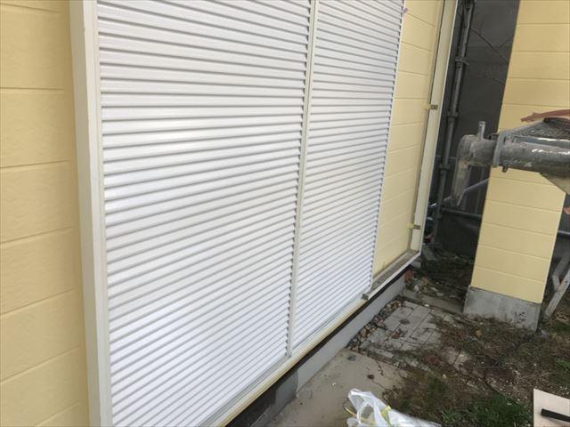 雨戸2回目塗装です
