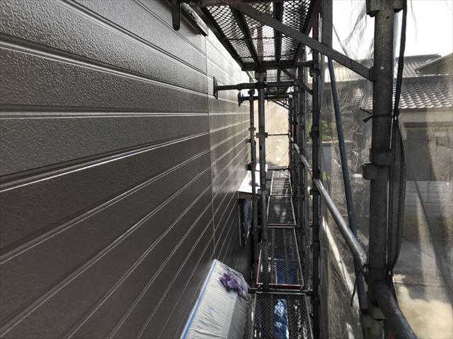 春日井市外壁の下塗り完了