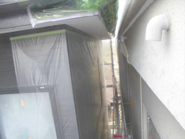 春日井市、外壁の下塗り2回目
