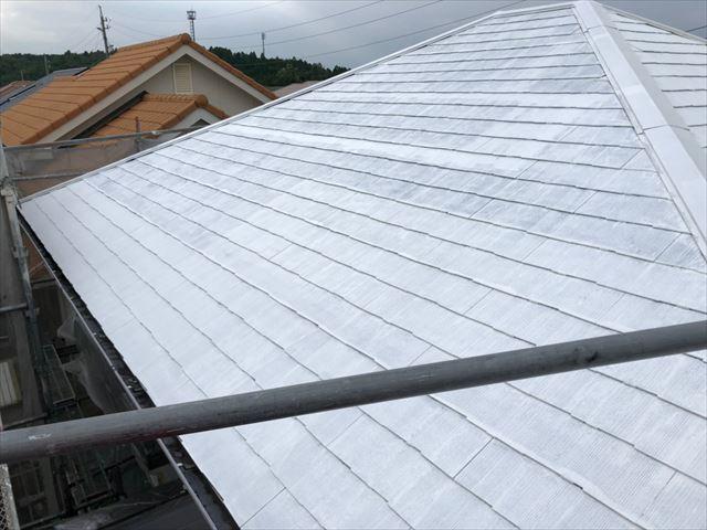 屋根の下塗り2回目塗装
