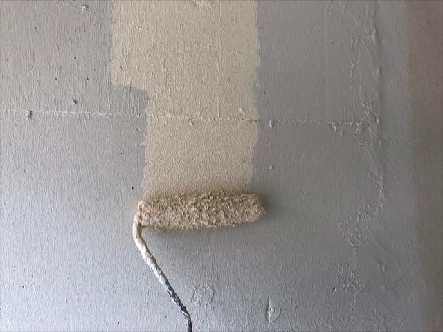 車庫の上塗り塗装