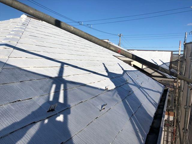 屋根の下塗り塗装
