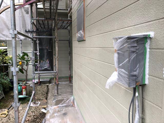 外壁の下塗り2回目塗装、完了