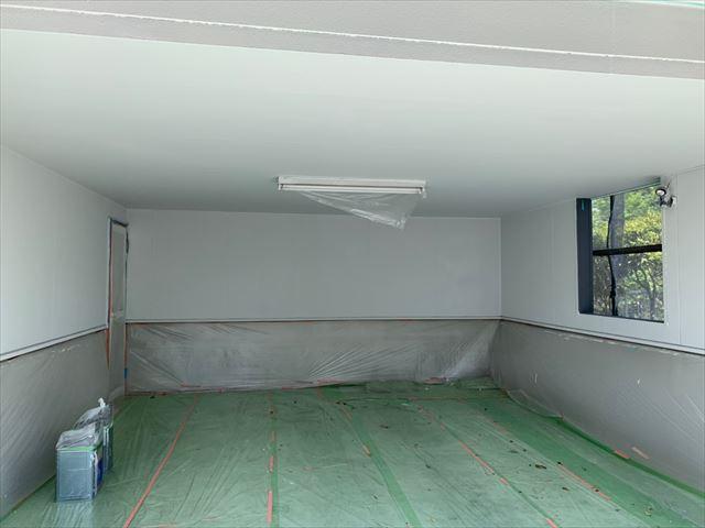 車庫塗装です